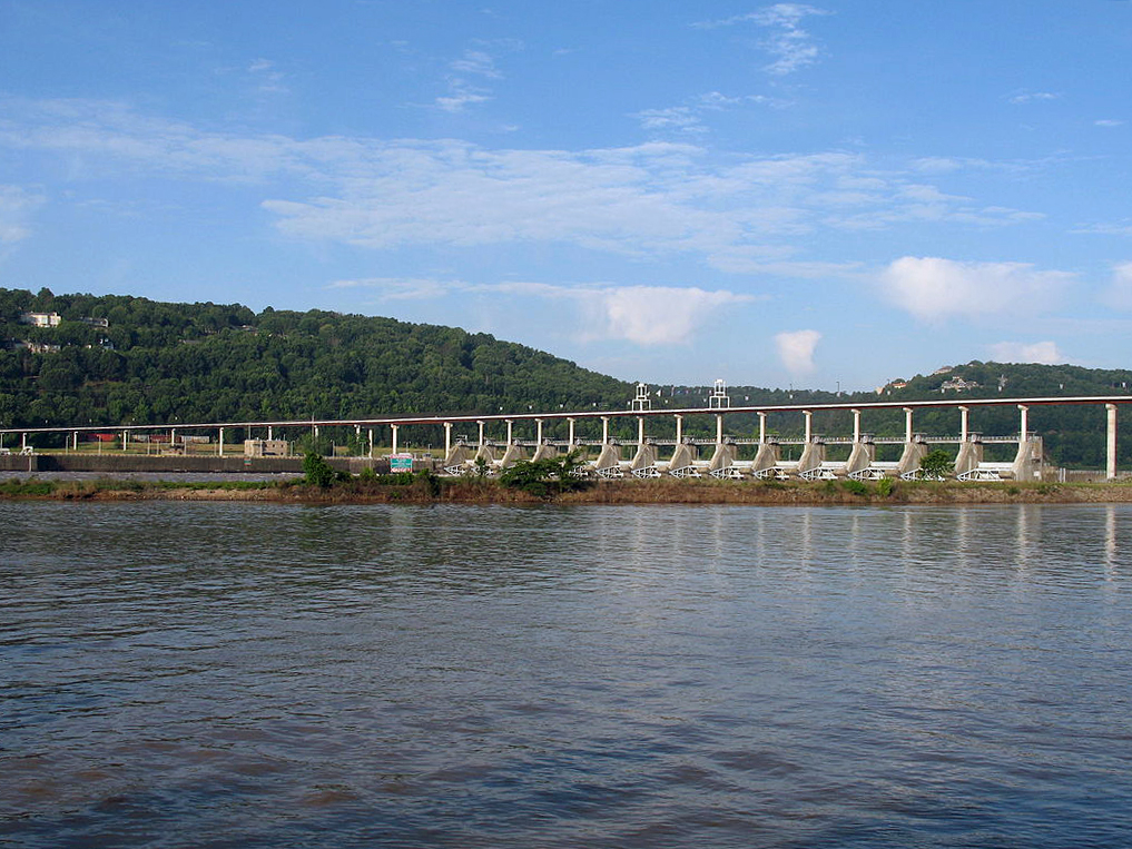 Photo of the Big Dam Bridge in North Little Rock, Arkansas
