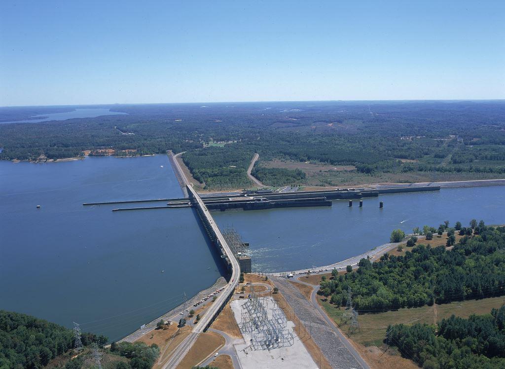 Aerial photo of Pickwick Dam