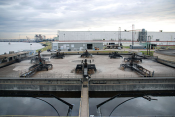 Photo of Washburn Tunnel Wastewater Treatment Facility and Vince Bayou Receiving Station in Pasadena, Texas